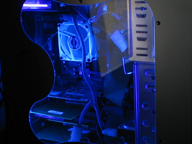 UV Reactive system Fan