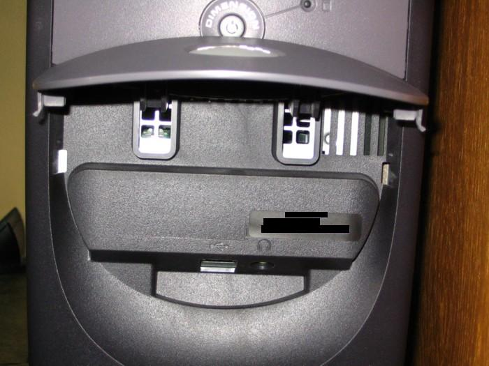 The front 'Intake' vents and the USB plug + Headphone Jack.