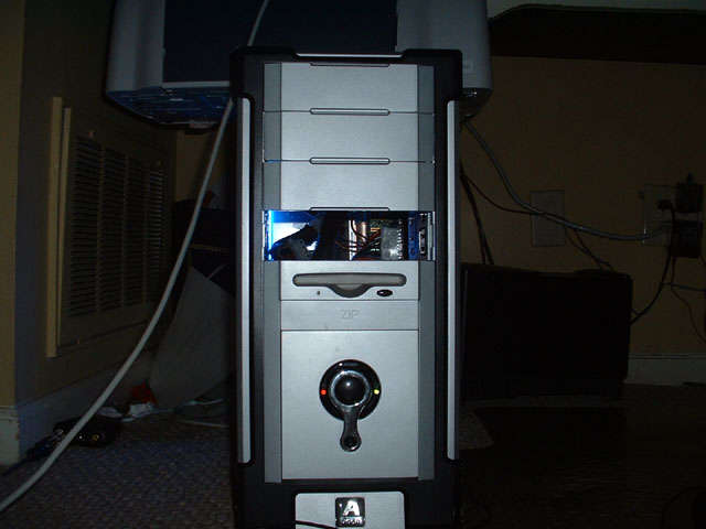 The Front (missing drive bay cover)