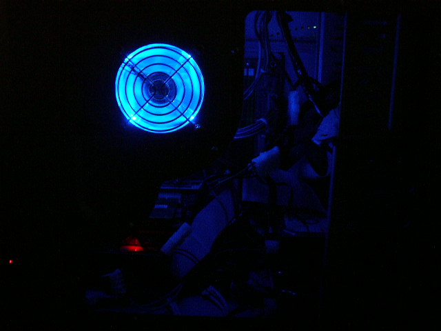 The side in the Dark, I'm going to add a cold cathode, should I stick with blue or go with red or green
