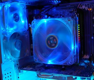 6800GT, 120mm fan, and Corsair XMS Pro