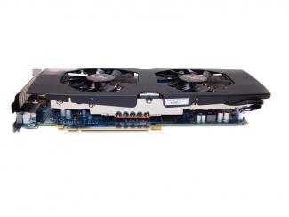 Diamond Boost Radeon R9 270X Closer Look: The Video Card