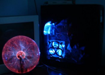 Comp with all lights off, the plasma ball will usually go on the otherside of my minitor, but you get the feeling.