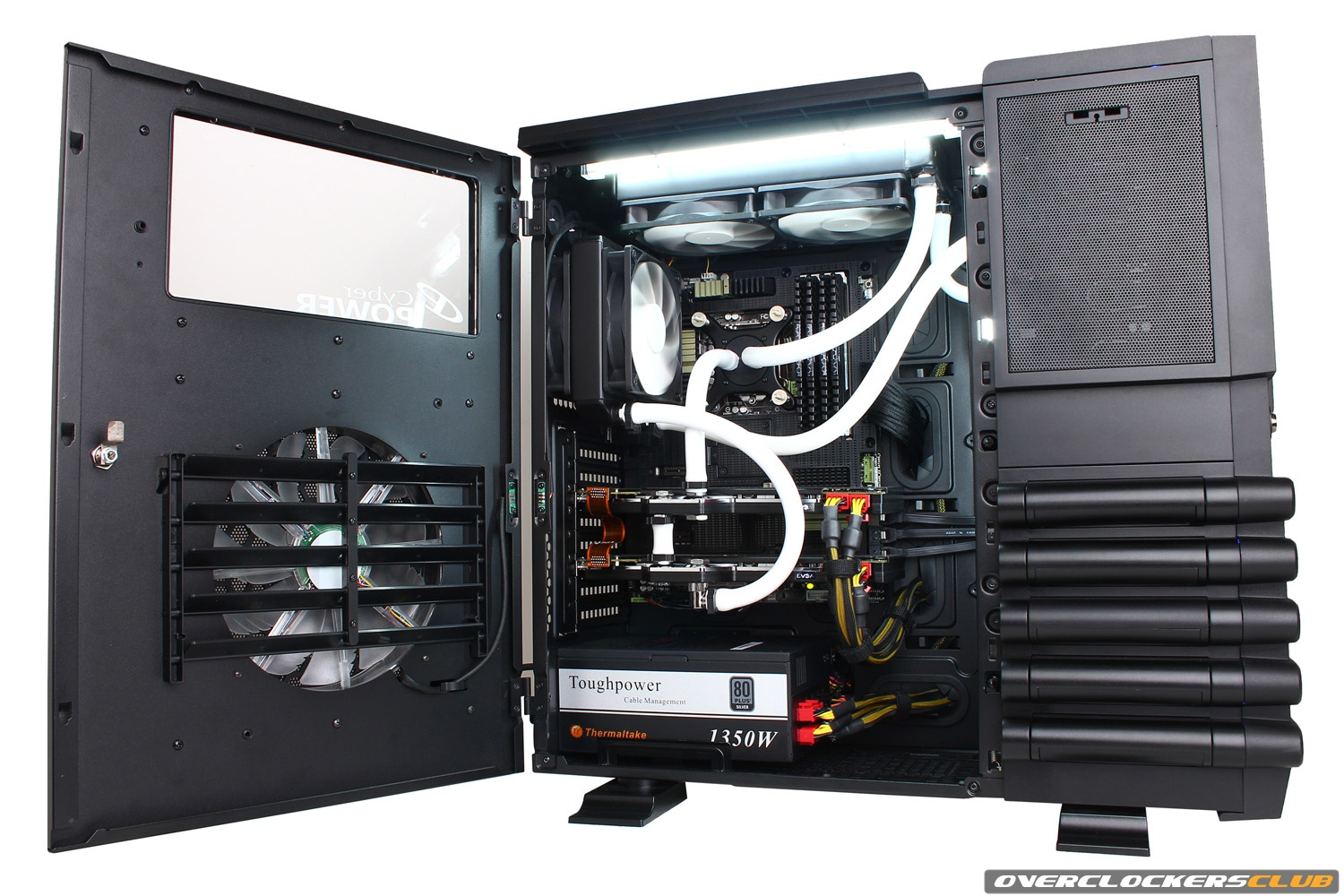 CyberPower Builds New System Around Thermaltake Level 10 GT
