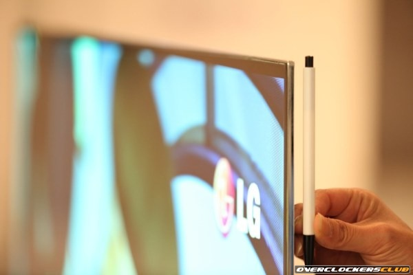 LG's 55 Inch OLED HDTV is Official, Coming to CES 2012